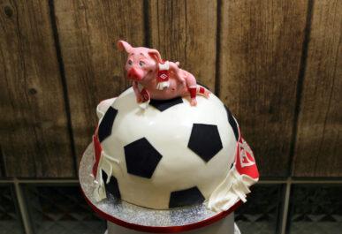 торт со свиньей