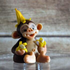 обезьяна с бананами