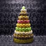пирамида из макарунс на новый год